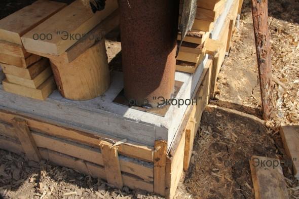 Подъем сруба домкратами